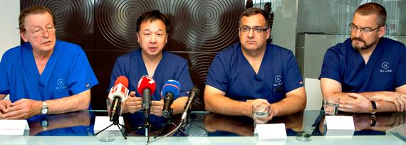 проф. д-р Хенри Уу - световно признат уролог от Университета в Сидни (Австралия) и д-р Райнер Шмид от Хамбургската болница Св. Георги (Германия) гостуваха на Хил клиник