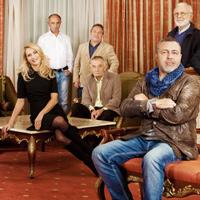 Великолепната дузина подкрепя Моември България 2014
