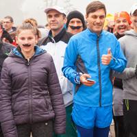 5 km бягания в подкрепа на Моември